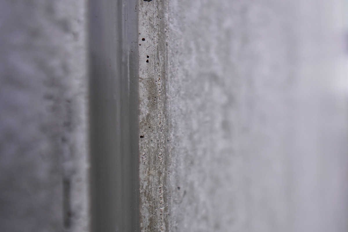 Dilatatievoeg nieuwbouw betonkolom